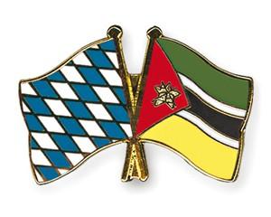 Freundschaftspins Bayern-Mosambik