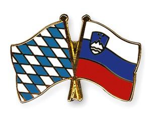 Freundschaftspins Bayern-Slowenien