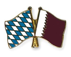 Freundschaftspins Bayern-Katar