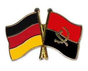 Freundschaftspins Deutschland-Angola