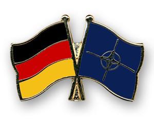 Freundschaftspins Deutschland-NATO