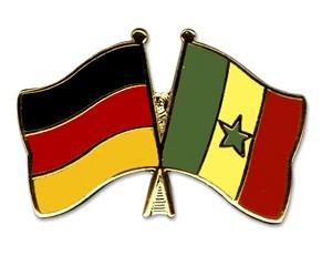 Freundschaftspins Deutschland-Senegal