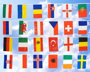 Flaggen-Kette klein: 24 EM 2016-Teilnehmerländer 6,9 m