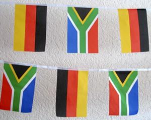 Flaggen Kette Deutschland-Südafrika groß