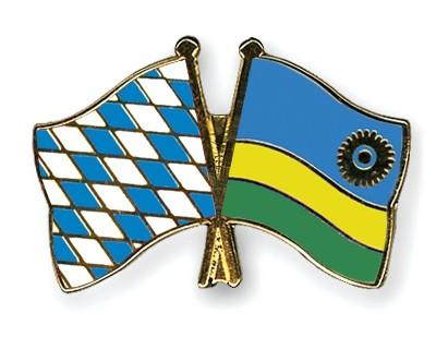 Freundschaftspins Bayern-Ruanda