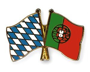 Freundschaftspins Bayern-Portugal
