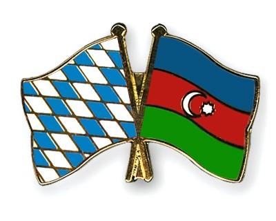 Freundschaftspins Bayern-Aserbaidschan