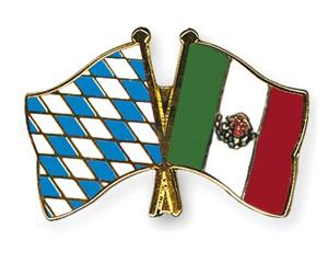 Freundschaftspins Bayern-Mexiko