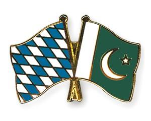 Freundschaftspins Bayern-Pakistan