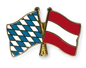 Freundschaftspins Bayern-Österreich