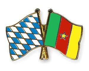 Freundschaftspins Bayern-Kamerun