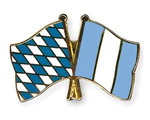 Freundschaftspins Bayern-Guatemala
