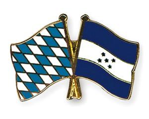 Freundschaftspins Bayern-Honduras