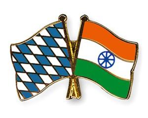 Freundschaftspins Bayern-Indien