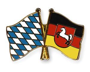 Freundschaftspins Bayern-Niedersachsen