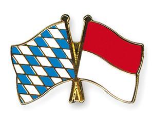 Freundschaftspins Bayern-Indonesien