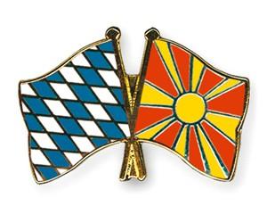 Freundschaftspins Bayern-Mazedonien